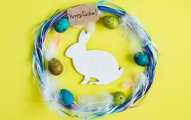 Je fabrique une couronne de Pâques - Activités de Pâques - 10doigts.fr