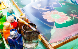 Je peins sur de la soie - Activités de peinture - 10doigts.fr