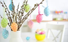Je fais un arbre de pâques - Activités de Pâques - 10doigts.fr