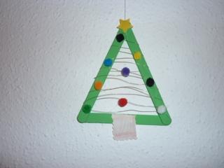 sapin en bâtonnets de bois - Pâques, Noël - 10doigts.fr