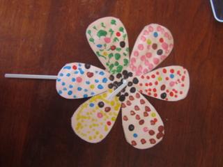 fleur de printemps - Créations d'enfant - 10doigts.fr