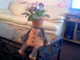 personnage pot de terre cuite - Fleurs - 10doigts.fr