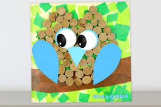 Tableau hibou avec du bois flotté et du papier de soie - Activités enfantines - 10doigts.fr