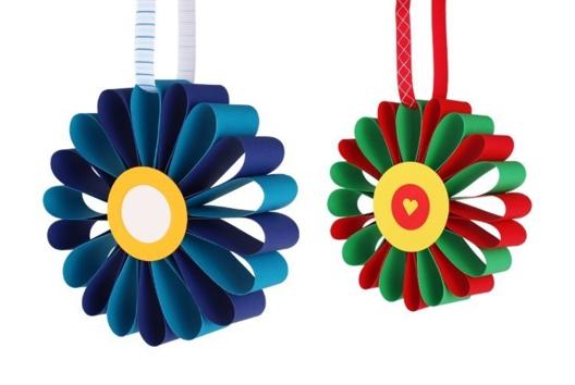 Fleurs en papier - Collage et pliage papier - 10doigts.fr