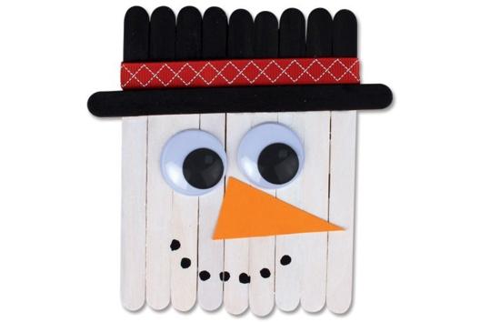 Bonhomme de neige en bâtonnets - Je fais un calendrier de l'avent - 10doigts.fr