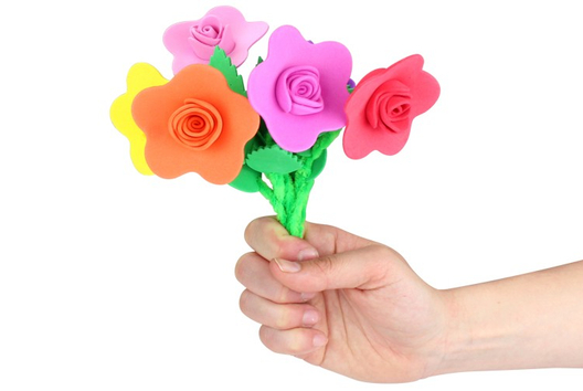 Un bouquet de fleurs pour Maman ! - Tutos Fête des Mères - 10doigts.fr