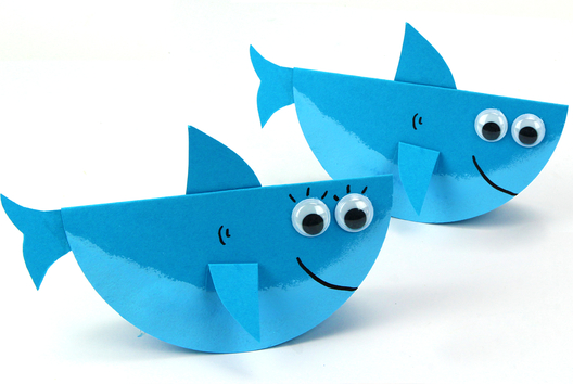 Requin à bascule en papier - Animaux - 10doigts.fr