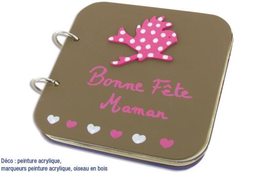 """Album photos en bois """"Bonne fête Maman"""" - Décoration d'objets - 10doigts.fr"""