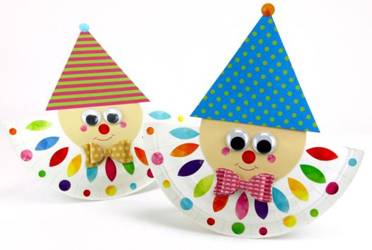 Arlequin avec une assiette en carton - Carnaval, fêtes, masques - 10doigts.fr