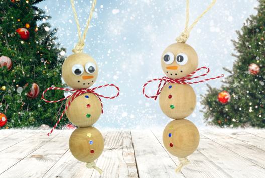 Suspension bonhomme de neige en perles - Décoration du sapin - 10doigts.fr
