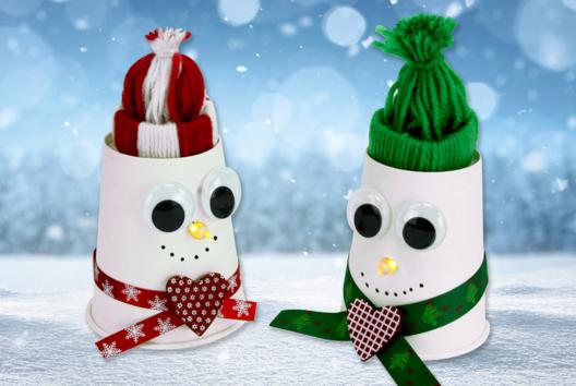 Bonhomme de neige lumineux avec bonnet en laine - Lumières : photophores, bougies, lampions - 10doigts.fr