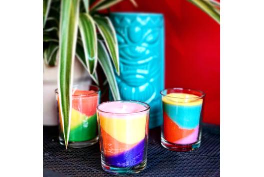 Bougies multicolores - Bougies et savons - 10doigts.fr