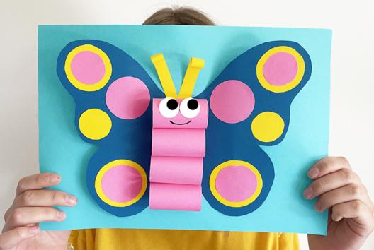 Papillon 3D en papier - Collage et pliage papier - 10doigts.fr