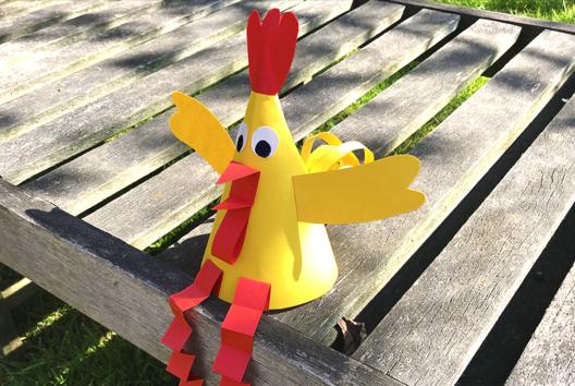 Poule de Pâques en papier - Tutos Pâques - 10doigts.fr