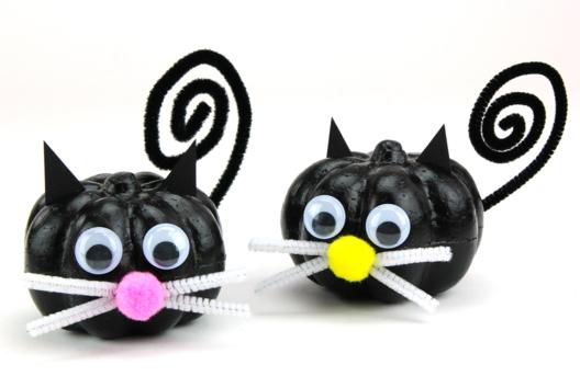 Chats noirs d'Halloween - Tutos Halloween - 10doigts.fr