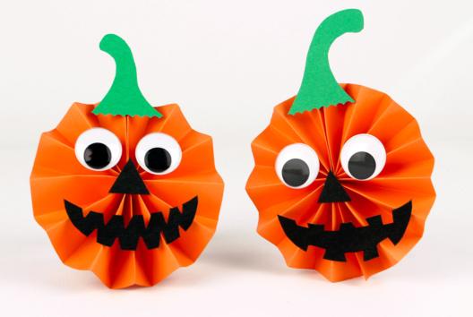 Petites citrouilles en papier - Tutos Halloween - 10doigts.fr