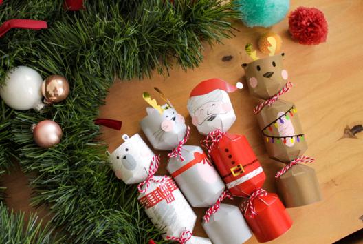 Boites surprises de Noël - Je fais un calendrier de l'avent - 10doigts.fr