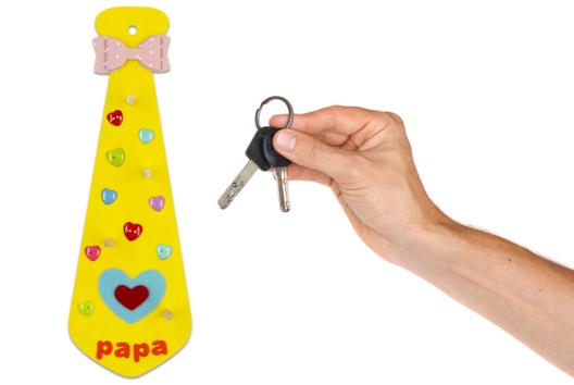 Cravate porte-clés #3 - Tutos Fête des Pères - 10doigts.fr