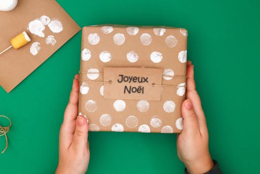 Emballage Cadeau aux tampons - J'emballe mes cadeaux - 10doigts.fr
