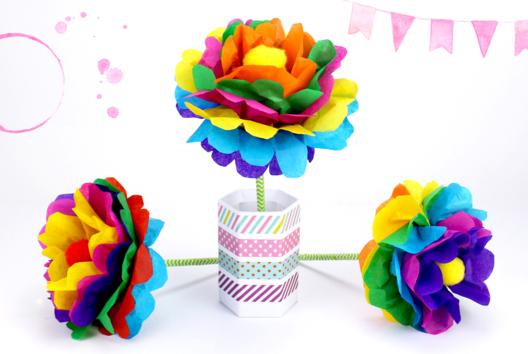 Faire une fleur en papier : méthode facile - Tutos Fête des Mères - 10doigts.fr