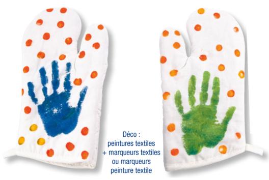 Gant de cuisine à la peinture à doigts - Tutos Fête des Mères - 10doigts.fr