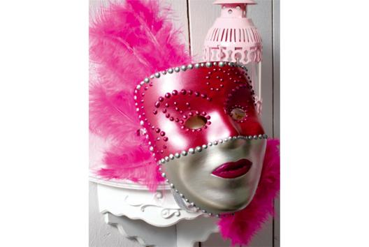 Masques à décorer avec peinture et stylo peinture 3D - Tutos Carnaval - 10doigts.fr