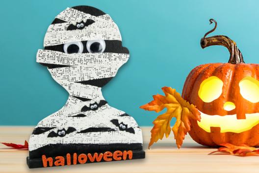 Momie avec des bandes plâtrées - Tutos Halloween - 10doigts.fr
