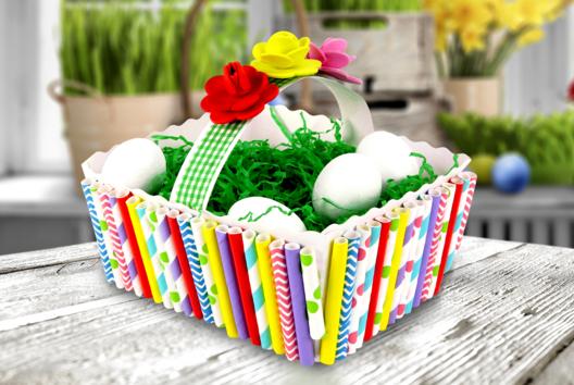 Panier de Pâques à décorer avec des pailles en carton - Tutos Pâques - 10doigts.fr