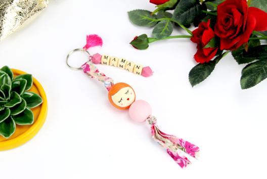 Porte-clés mignon en perles - MAMAN - Tutos Fête des Mères - 10doigts.fr