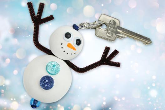 Porte-clés bonhomme de neige - Tutos Porte-clés et Grigris - 10doigts.fr