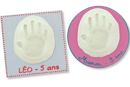 Tableau empreinte souvenir d'une main ou d'un pied d'enfant - Tutos moins de 3 ans - 10doigts.fr