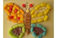 Réalisation d'un papillon en  flocons de maïs - Flocons de maïs - 10doigts.fr