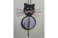 Petit chat suspendu - Vernis collage papiers, serviettes - 10doigts.fr