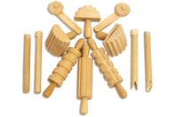 Outils de modelage en bois - Set de 12 - Outils de Modelage - 10doigts.fr