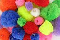 Pompons perles couleurs vives - Set de 48 - Pompons - 10doigts.fr