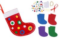Chaussettes de Noël à broder - Kit pour 4 réalisations - Kits d'activités Noël - 10doigts.fr