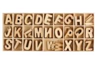 Lettres en bois 2.3 cm - 130 pièces - Lettres et Chiffres - 10doigts.fr