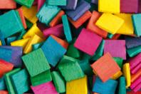 Mosaïques en bois couleurs vives - 500 pièces - Bâtonnets, tiges, languettes - 10doigts.fr