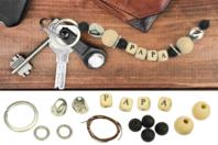 """Porte-clés """"Papa"""" en perles de lave - Kit pour 1 porte-clés - Porte-clés pour bijoux - 10doigts.fr"""