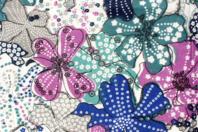 Coupon de tissu imprimé grandes fleurs tons bleus - 43 x 53 cm - Coupons de tissus - 10doigts.fr