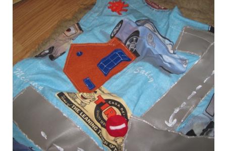 tapis de voitures nomade pour petit Lucas - Couture, point de croix... - 10doigts.fr