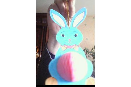 un petit lapin pour pâques - Créations d'enfant - 10doigts.fr