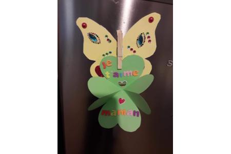 Papillon pour la fête des mères - Créations d'enfant - 10doigts.fr