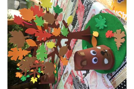 L'arbre et l'écureuil de Ninon - Créations d'enfant - 10doigts.fr