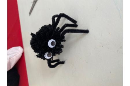 araignée d'Halloween en pompon - Laine - 10doigts.fr