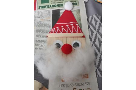 Père Noël bâtonnet - Pâques, Noël - 10doigts.fr