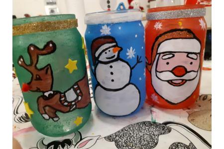 Récupération de pots de confiture pour pouvoir faire de la décoration de noel - Pâques, Noël - 10doigts.fr