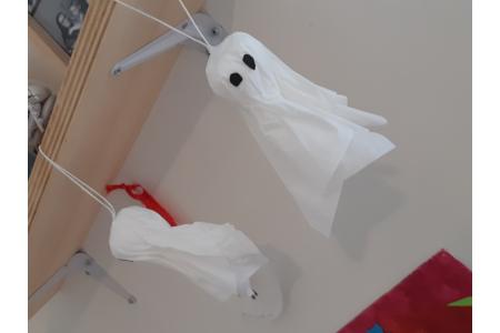 Création de fantôme avec des mouchoirs - Divers - 10doigts.fr