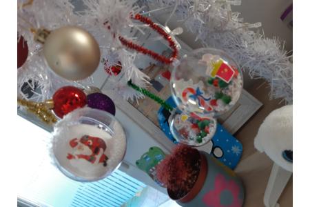 Création de boules de Noël transparente - Pâques, Noël - 10doigts.fr