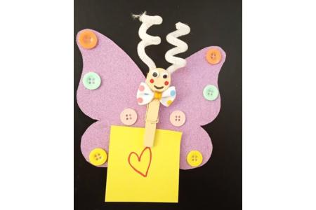 Papillon en papier avec une pince a linge - Divers - 10doigts.fr